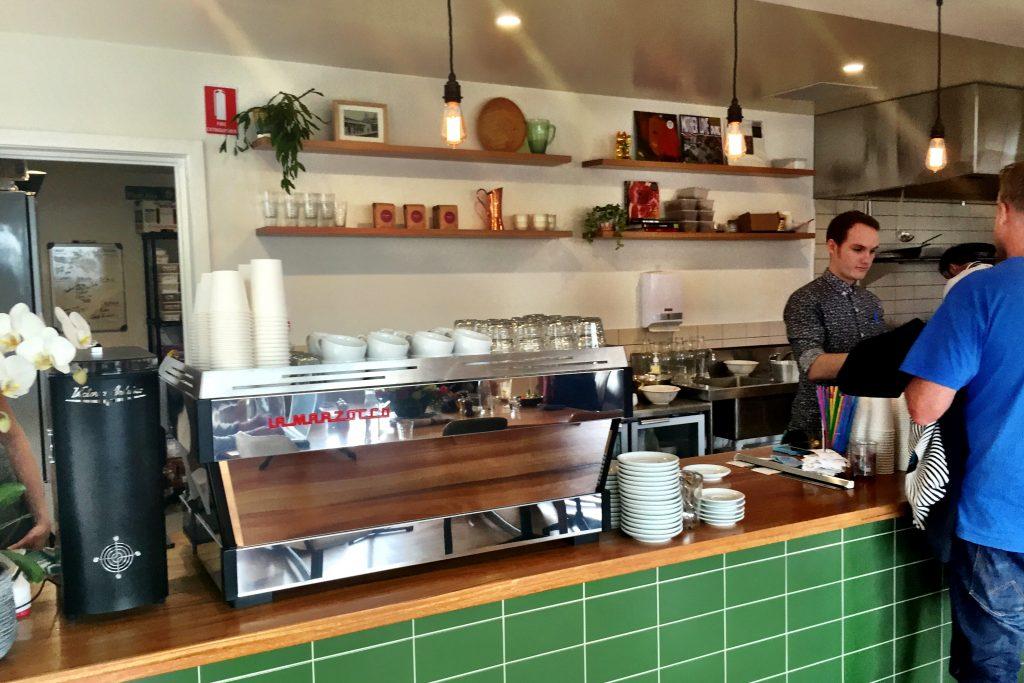 Rudimentary coffee - cafe